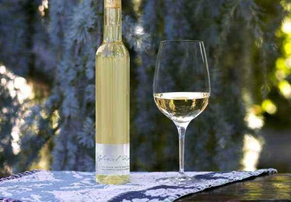 2015 Glacial Rock Vin Glace bottleshot